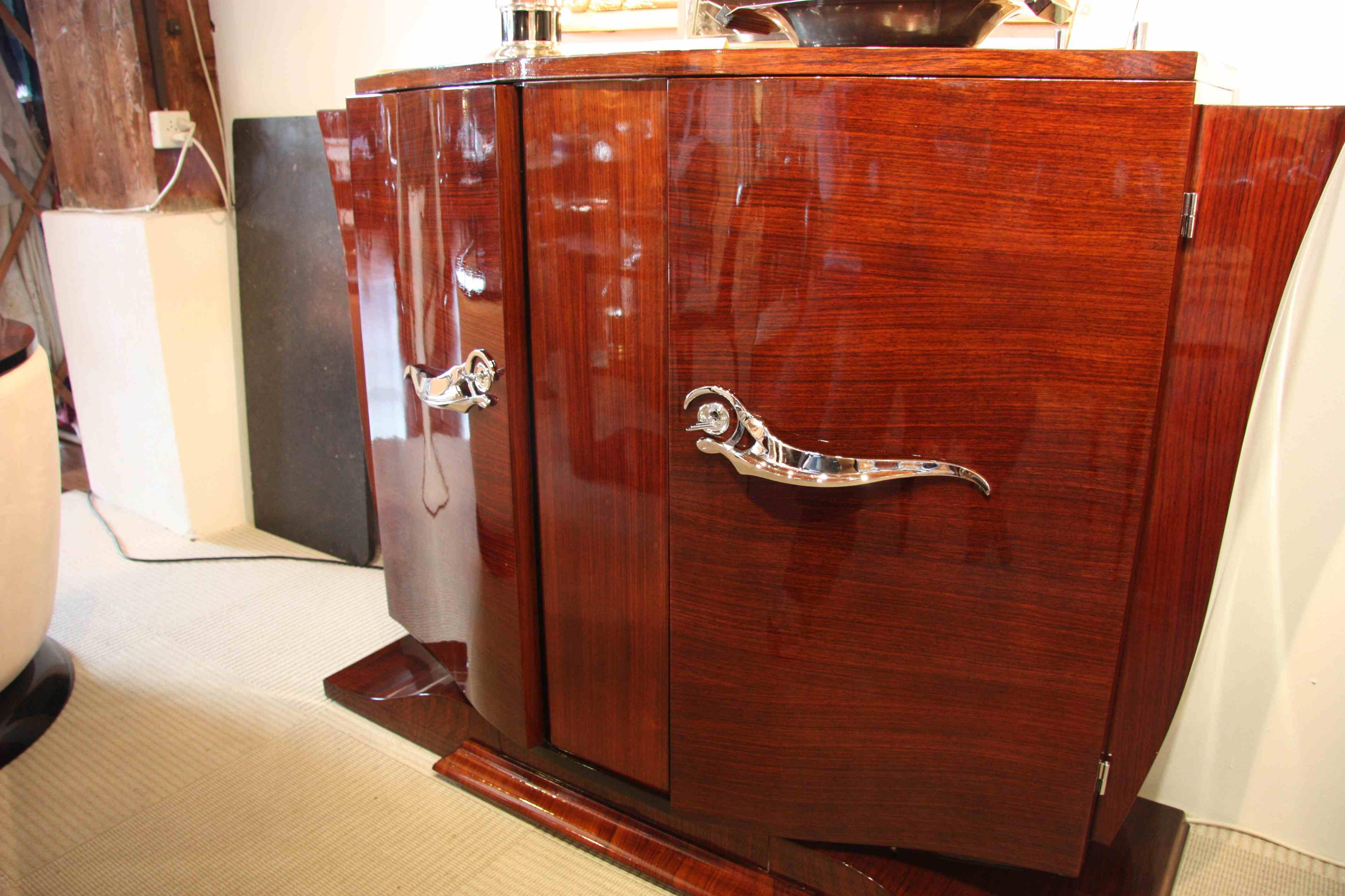 buffet ou petite enfilade sideboard en palissandre des. Black Bedroom Furniture Sets. Home Design Ideas