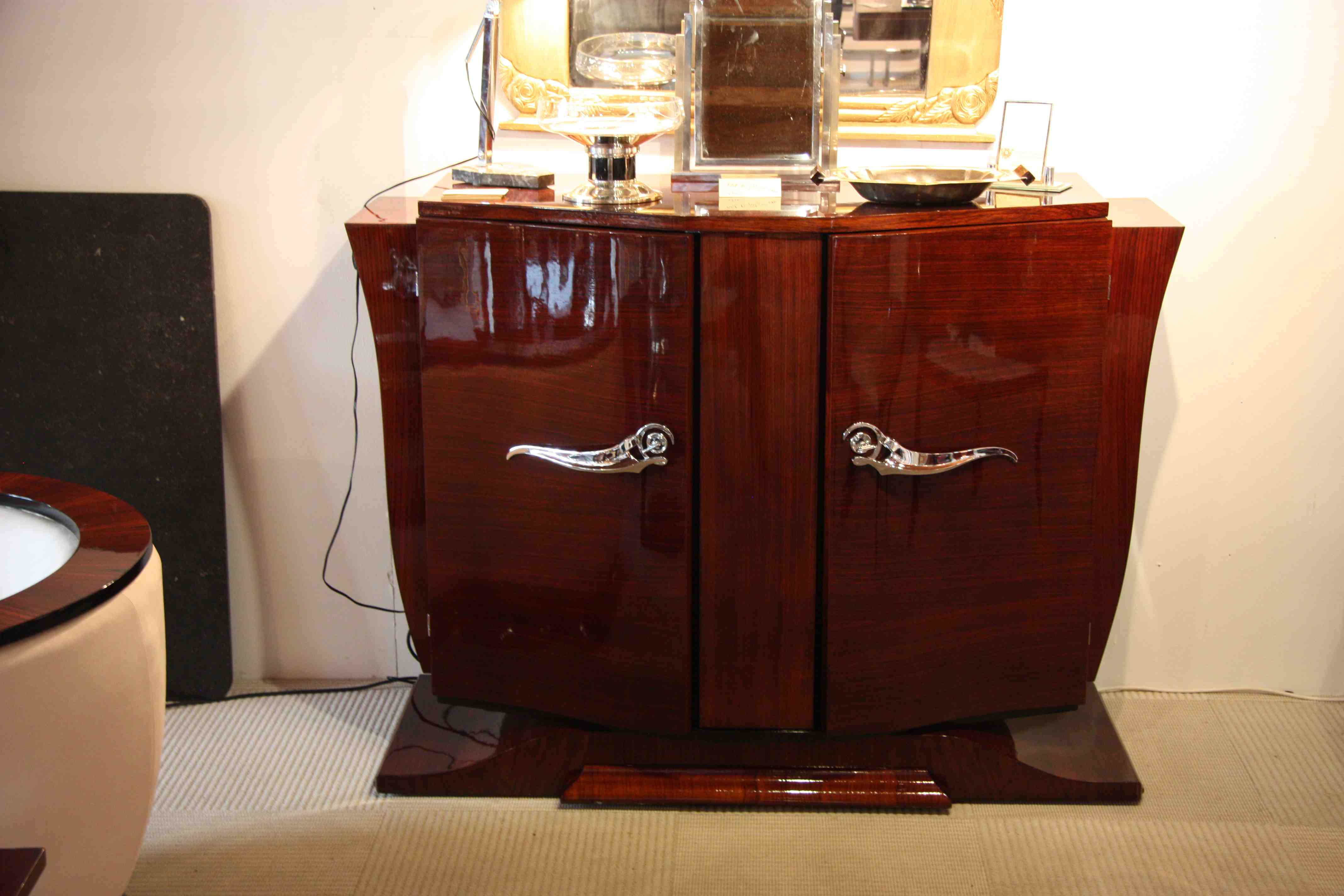buffet ou petite enfilade sideboard en palissandre des indes art deco sidboard rosewood sold. Black Bedroom Furniture Sets. Home Design Ideas