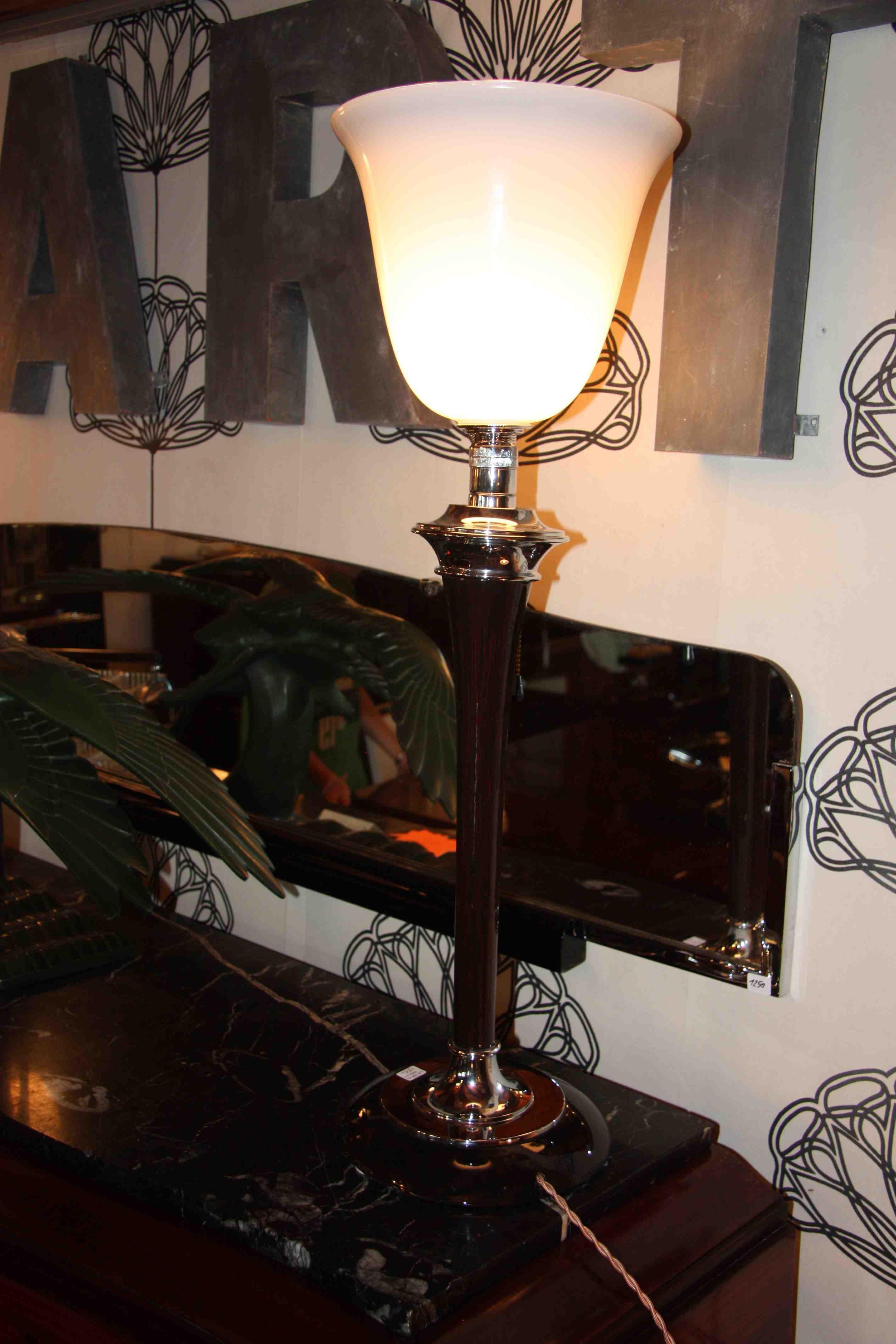Paire De Lampes Mazda 1930 Premieres Edition Esprit Art Deco Vente