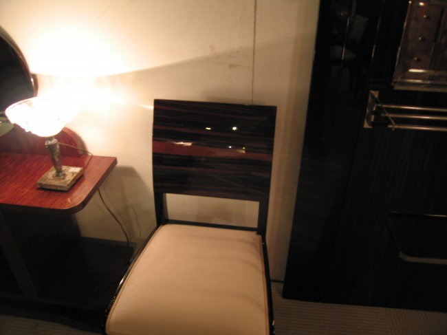 Six chaises art déco en ébène de Makassar