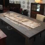 Table en bois pétrifié Gabrielle / petrified wood Gabrielle