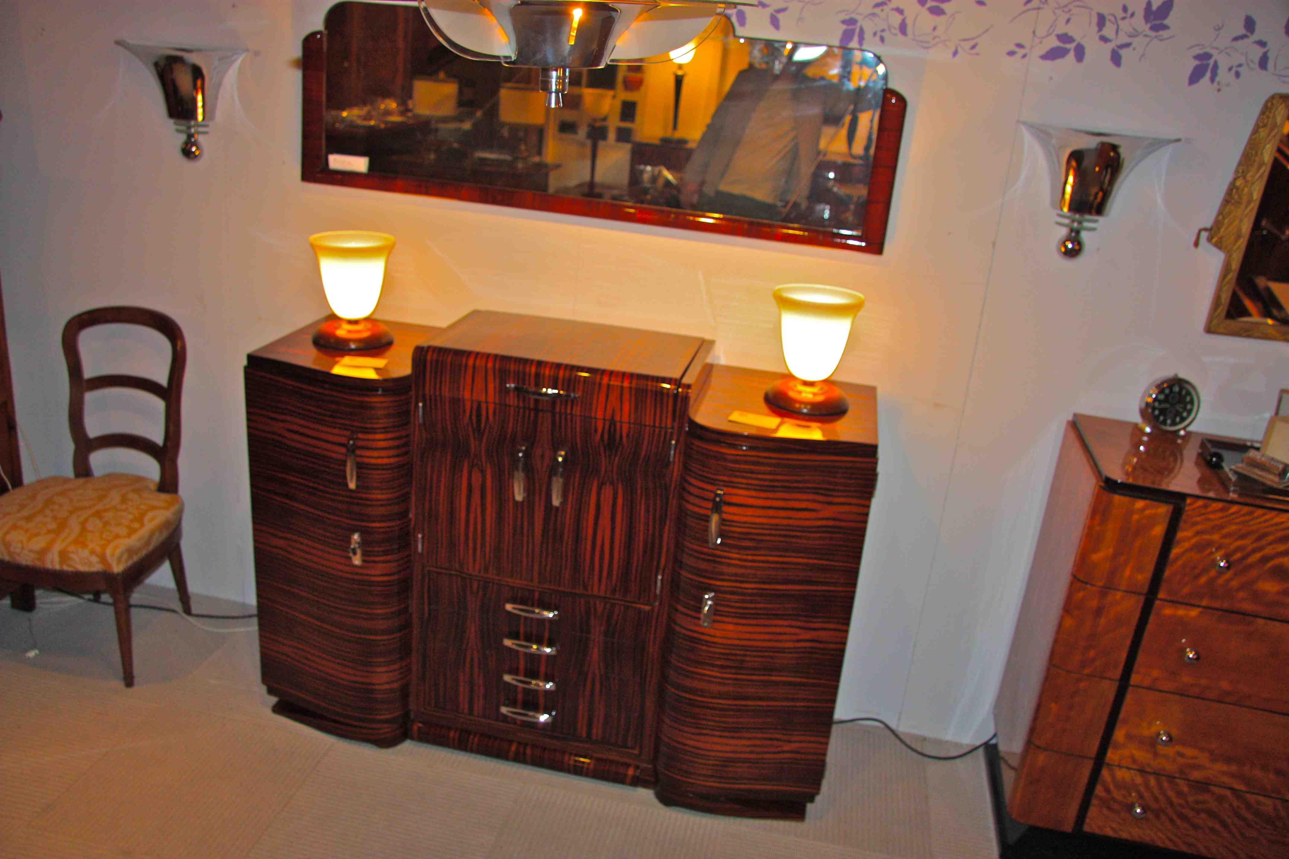 Bar art deco en b ne de macassar bar art deco makassar for Meuble art deco belgique