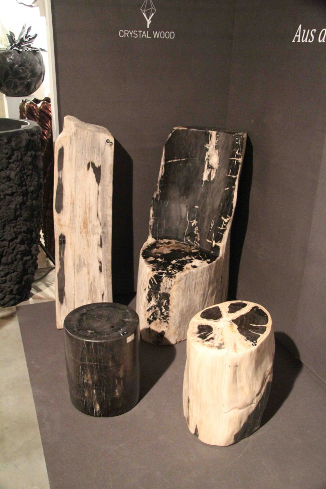 Bille chaise en bois pétrifè /crytal wood petrified wood chair