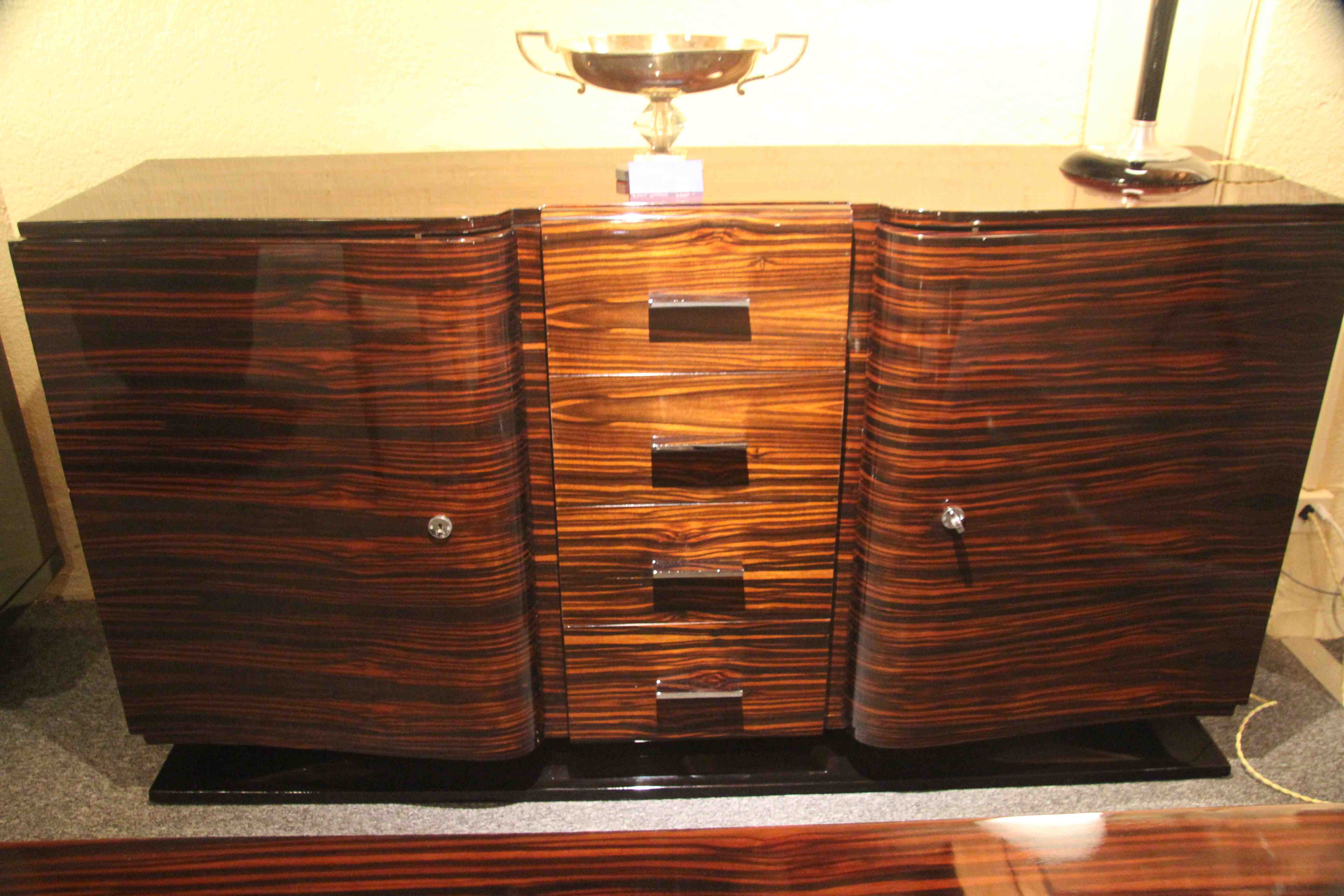 enfilade art deco en b ne de macassar ref enf 6 sideboard art deco macassar esprit art d co. Black Bedroom Furniture Sets. Home Design Ideas