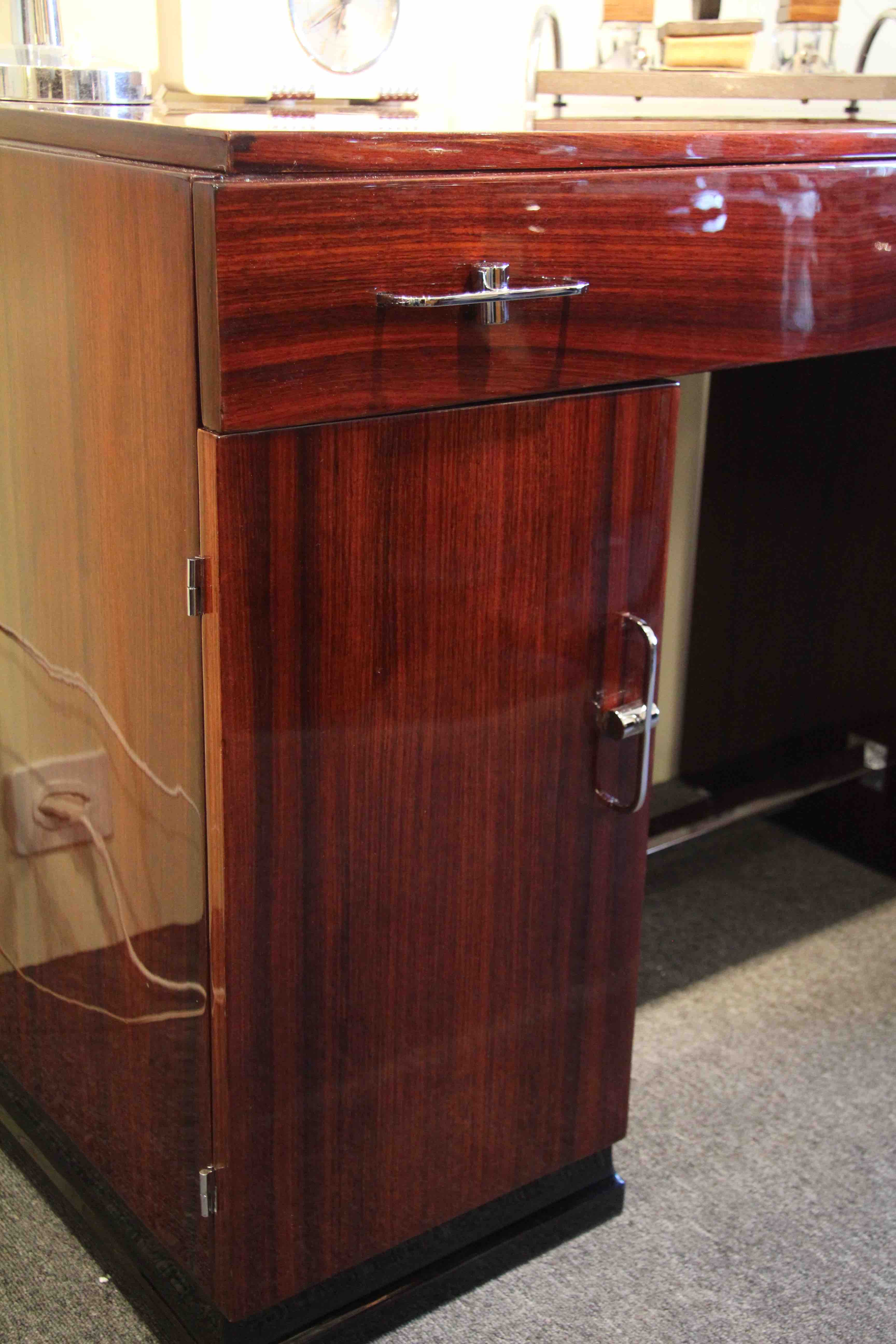 bureau art deco en palissandre des indes ref bur 10. Black Bedroom Furniture Sets. Home Design Ideas